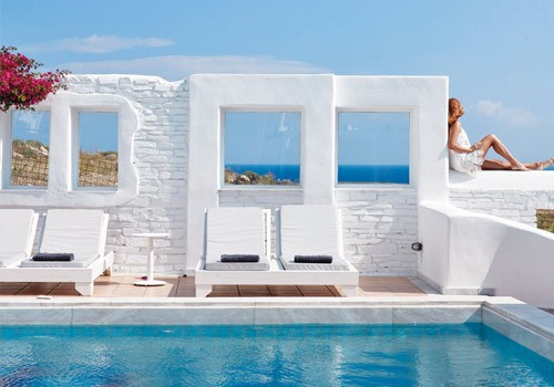 Mr&Mrs White Hotel - Cycladic tradition & laid back luxury
